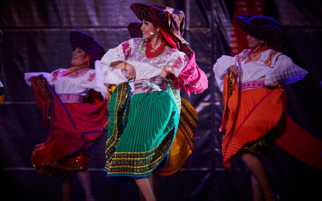 Spectacle de danses folkloriques d'Equateur