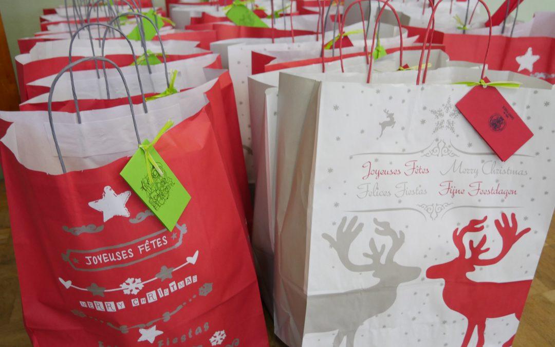 Inscriptions colis et repas de Noël